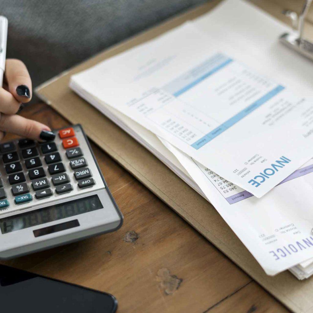 Регистрация счетов, расчет заработной платы в Италии - OBICONS
