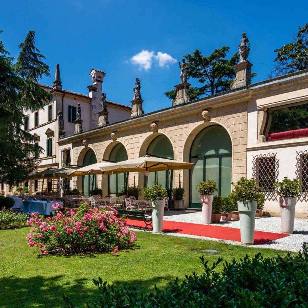 Покупка вилл и элитной недвижимости - Недвижимость в Италии - OBICONS